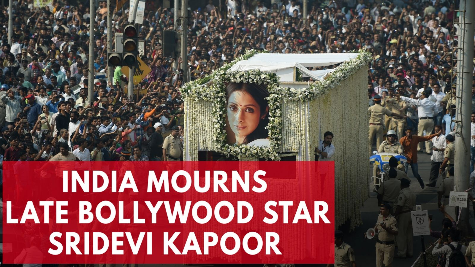 thousands-in-india-mourn-late-bollywood-star-sridevi-kapoor