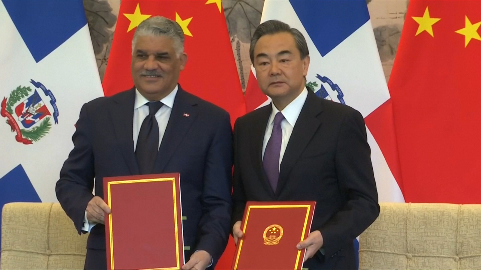 dominican-republic-cuts-ties-with-taiwan-in-favor-of-china