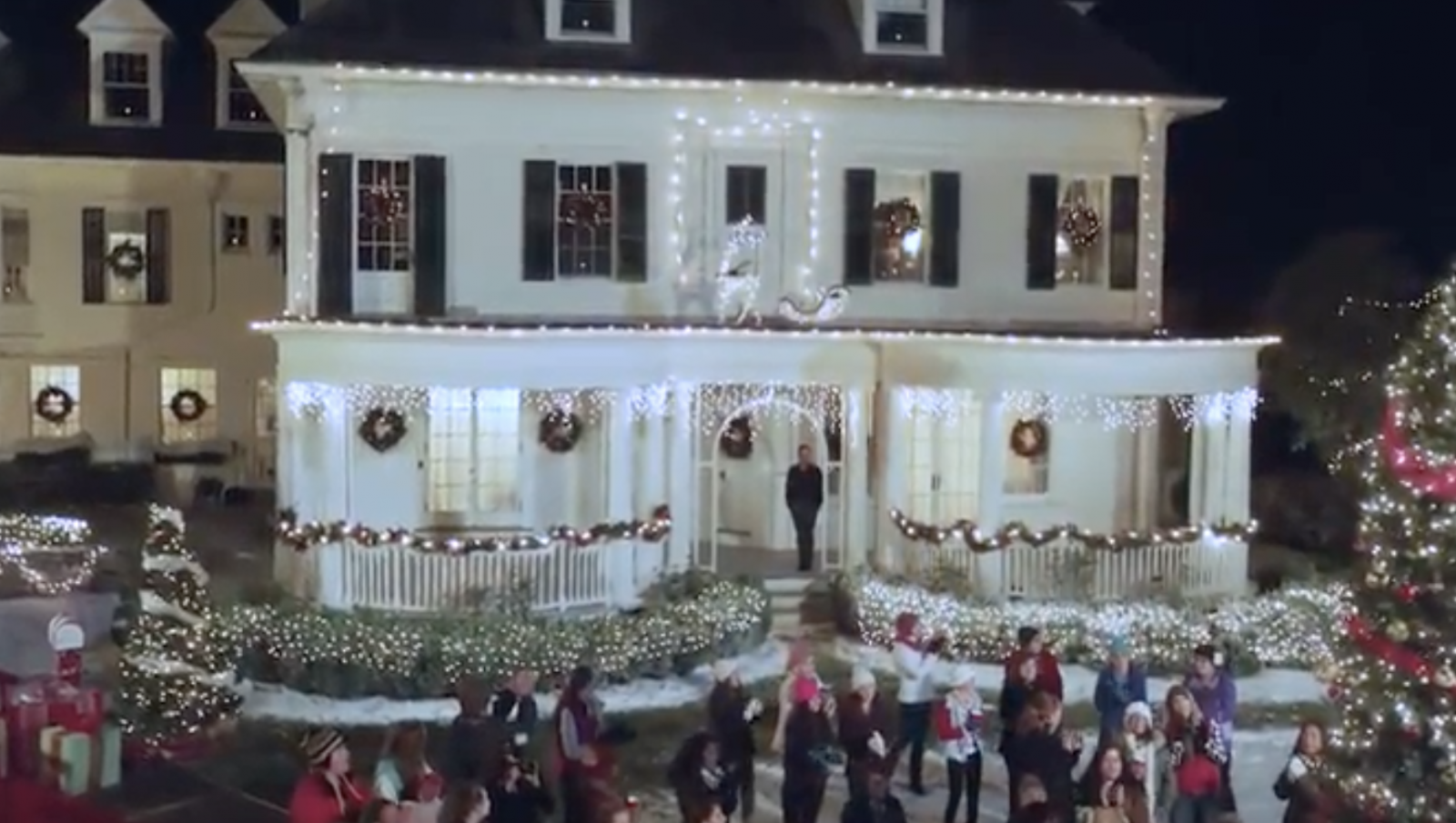 Christmas At Pemberley Manor Cast.Hallmark Channel Christmas At Pemberley Manor Premiere