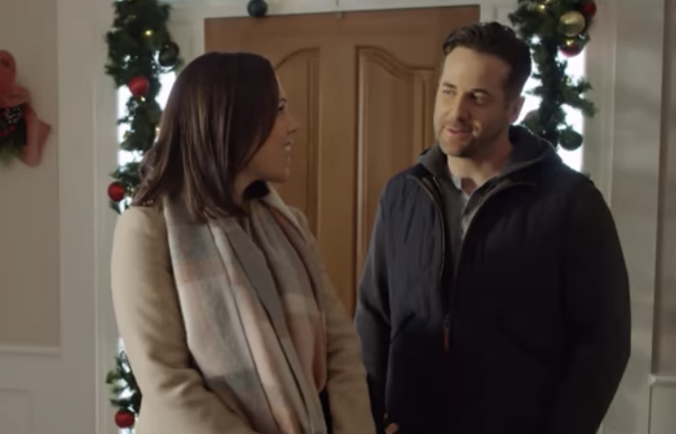 Marrying Father Christmas.Hallmark Marrying Father Christmas Premiere See Cast Trailer