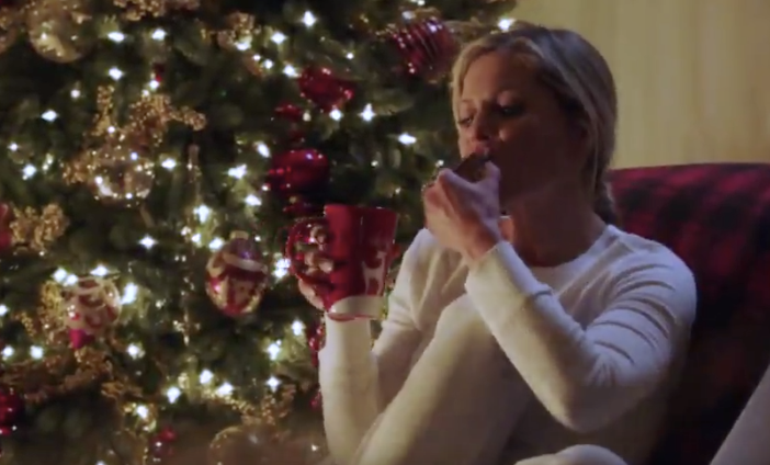 A Shoe Addicts Christmas.Candace Cameron Bure S A Shoe Addict S Christmas Hallmark